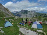 Petit campement sur le lapiaz d'Einzon